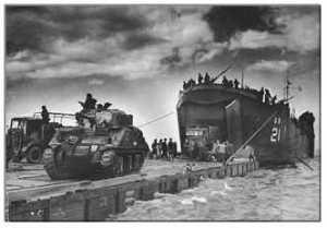 320px-US_Navy_LST_Landing_Sherman_pe