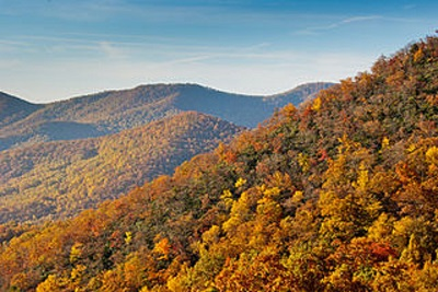 400 px-Fall_colors_from_the_Blue_Ridge_Parkway_just_south_of_Ashville